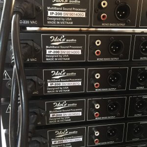 Máy nâng tiếng Idol Ip200 - Mặt sau