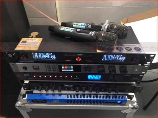 Micro Karaoke Shure UR 616 Pro