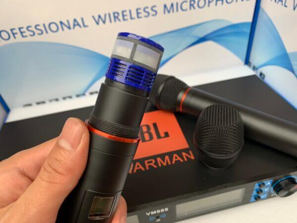 Micro không dây JBL VM888 - Tự ngắt và cảm biến gia tốc