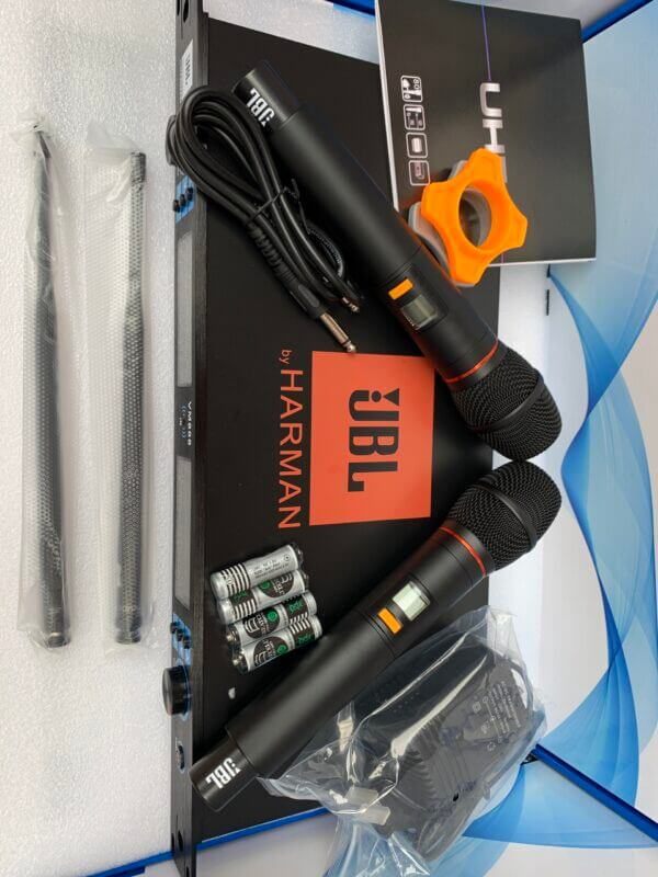 Micro JBL VM888